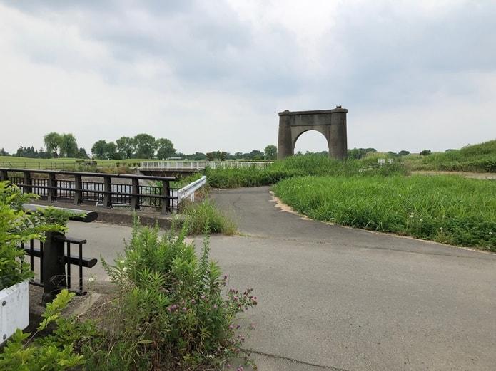 旧上江橋橋脚跡