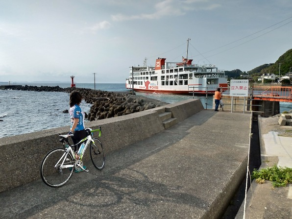 電車×フェリーで東京湾を遊びきる