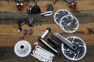 ロードバイクのコンポってなに!?コンポーネントについて詳しく解説します!