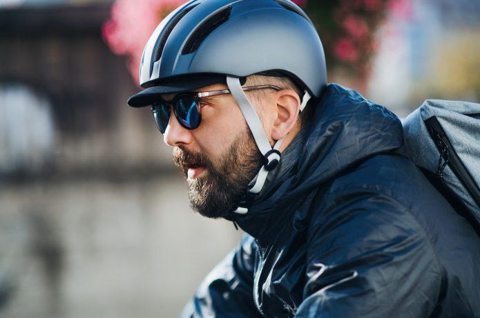 ヘルメットがフィットしやすくなる