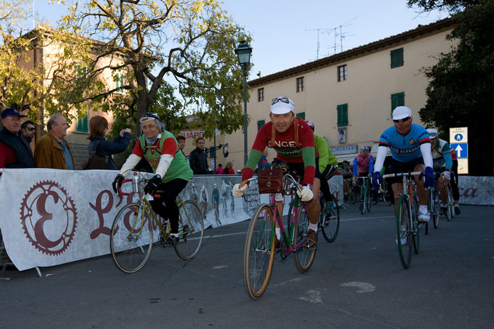 イタリア流楽しみ方2.イベントやレースに参加してみる
