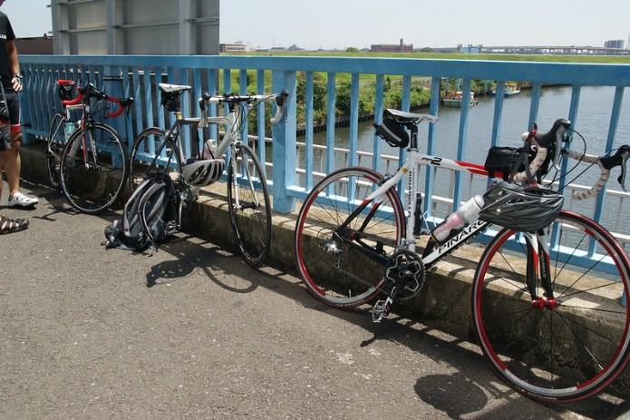 自分の自転車に合うボトルケージを見つけよう