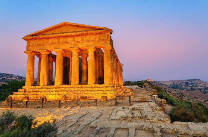 イタリアのステージはシチリアから北上するコース