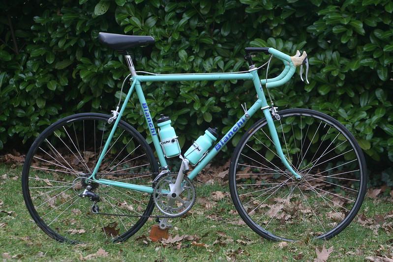 世界最古の自転車メーカーのBianchi(ビアンキ)