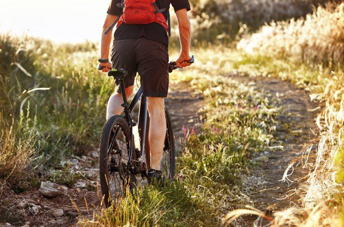 ロードバイクやクロスバイクには標準装備されてません!