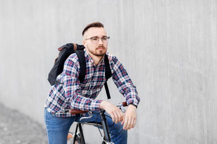 自転車に乗る時のリュック、悩みますよね