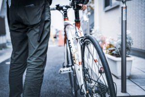 【夜間やトンネルでも安心】自転車のテールライトおすすめ9選