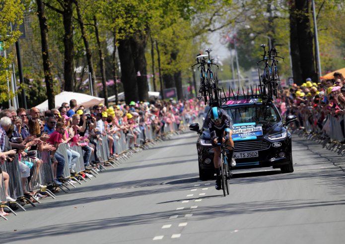 各レースは国際色豊かな特徴がいっぱい