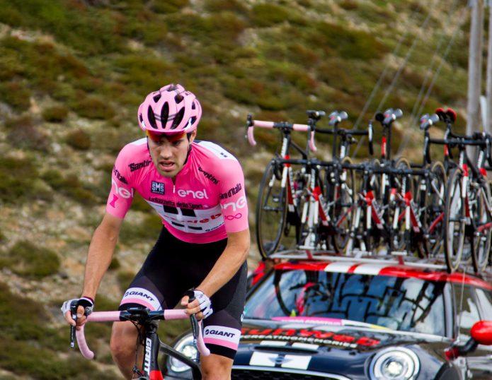 ジロ・デ・イタリアのトップはピンク