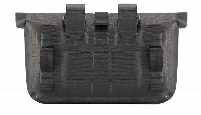 ROCKBROSのフロントバッグ。ベルト部分