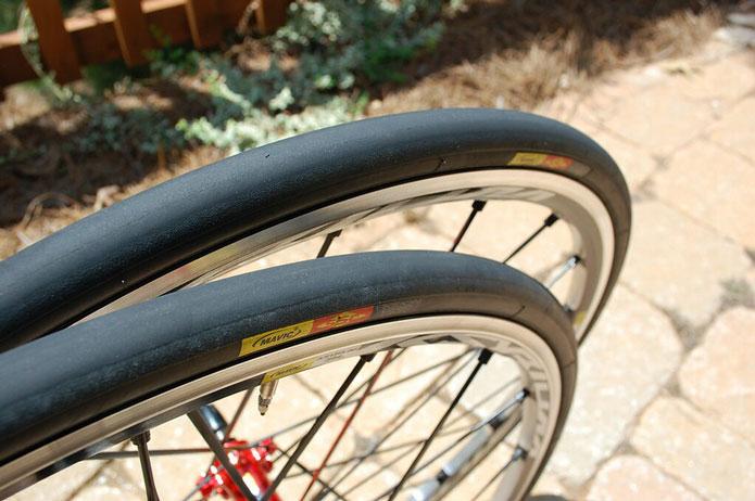 カスタムの効果が大きい、ロードバイクのタイヤ