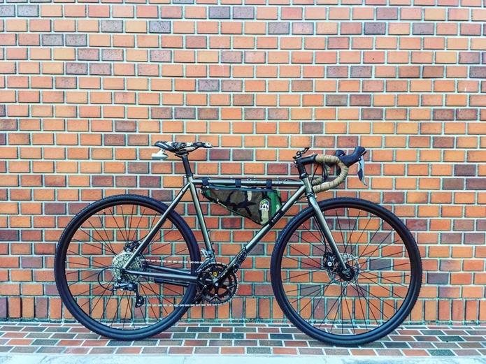 FUJIのロードバイク
