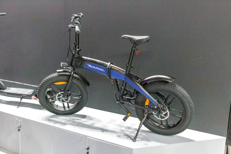 ミニベロのe-bikeで快適に走ろう!