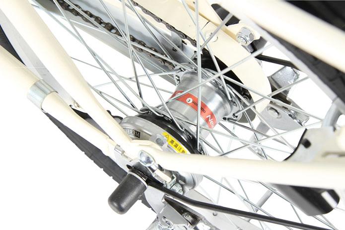 機構部分を耐水構造のカバーで覆うことで、長期間メンテナンス不要なブレーキ