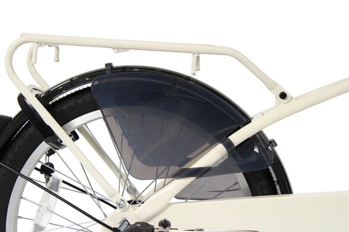 後の子供同乗器を取り付けた際に、子供の足が車輪に巻き込まないよう、車輪巻き込み防止カバーを装着