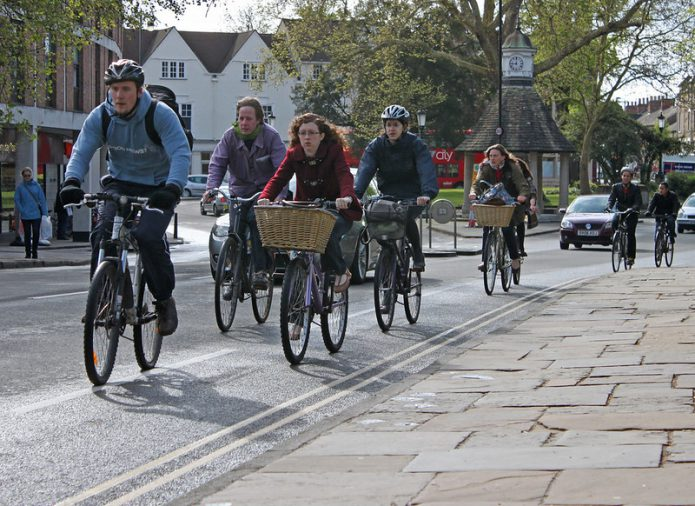 街乗り自転車も色々ありますよ