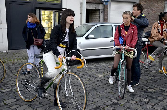 女性にも人気のロードバイク