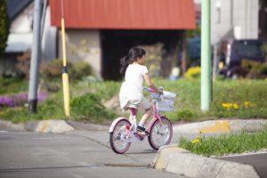 自転車デビューは何歳から?幼児向け自転車の選び方とおすすめ11選