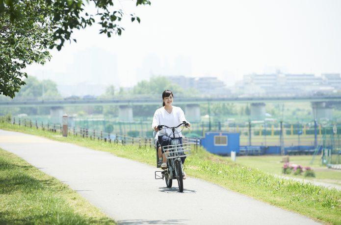 電気の力で、坂道もスイスイ「電動自転車」