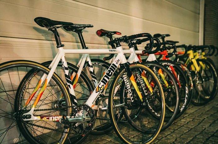 かっこいい自転車なら「ピストバイク」