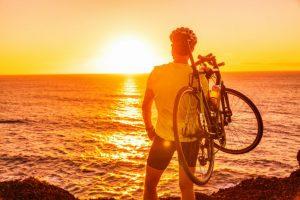 【何を着よう】自転車に乗る時の服装はこれでOK!おすすめアイテムも紹介
