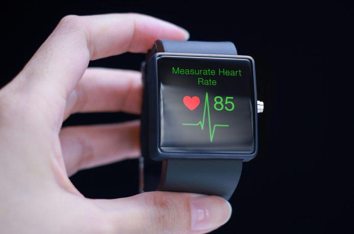 心拍数を手軽に測れる