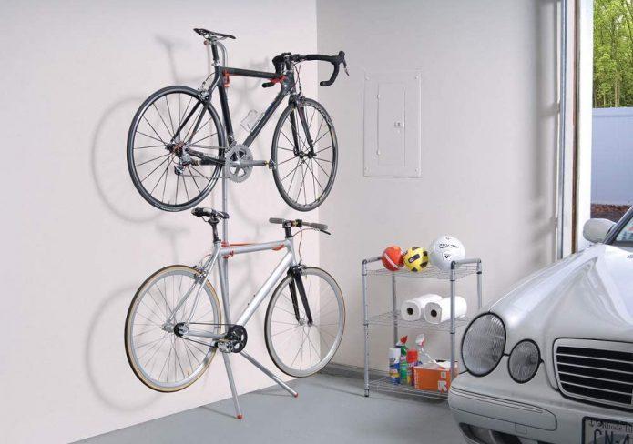 バイクタワーで、愛車を屋内に保管しよう