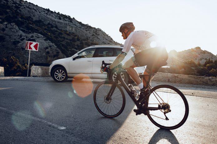 【安全第一】自転車も速度の出しすぎ、注意です。