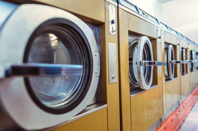【よくある疑問】ウインドブレーカーって、洗えるの?