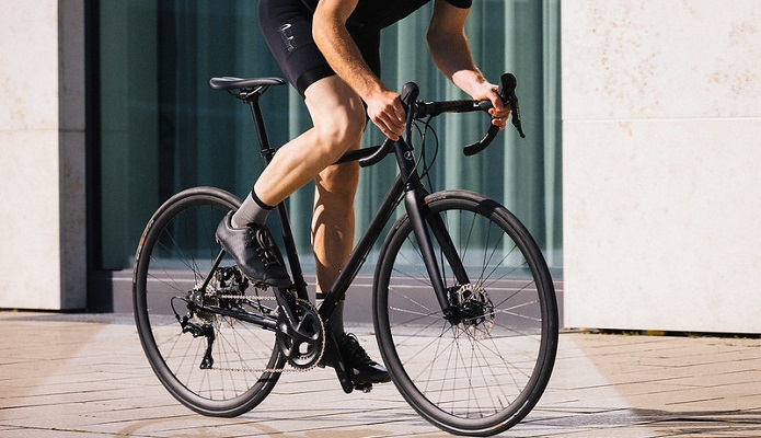 スポーツバイクの空気圧は、すごく大切です