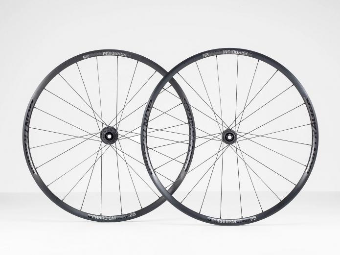 Bontrager Paradigm Comp 25 TLR Disc Road Wheel