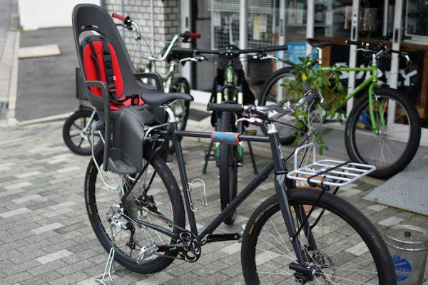 自転車はときに移動手段