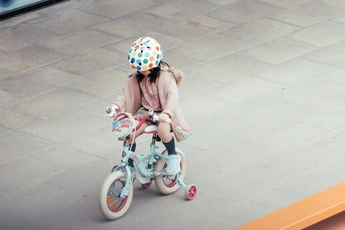 安全のためにも、ヘルメットを