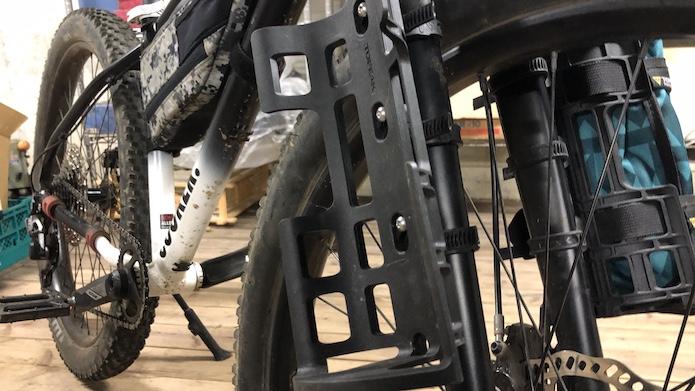 ヴァーサケージで積載量を増やし自転車キャンプへ