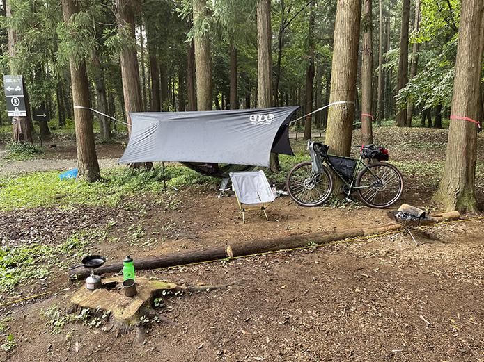 朝のキャンプ