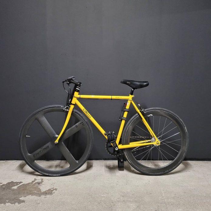 チネリ ピストバイク