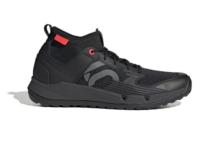 マウンテンバイク 服装 靴